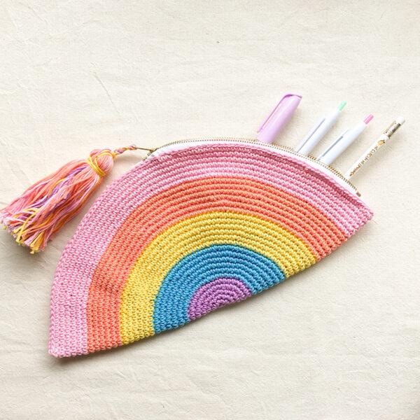Cartuchera arcoiris 1